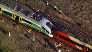 Czołowe zderzenie pociągów. Dwie osoby zostały ranne