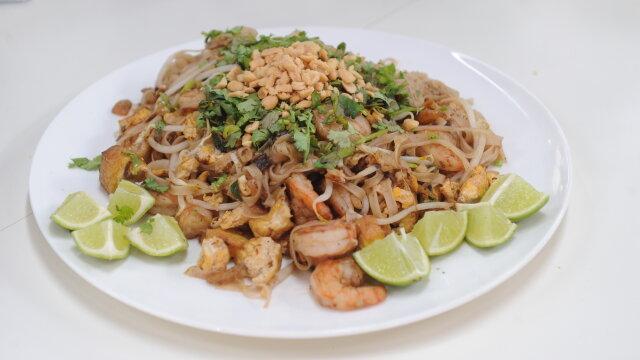 Makaron Pad Thai Przepis Gotuj Z Pasja Z Kulinarnymi